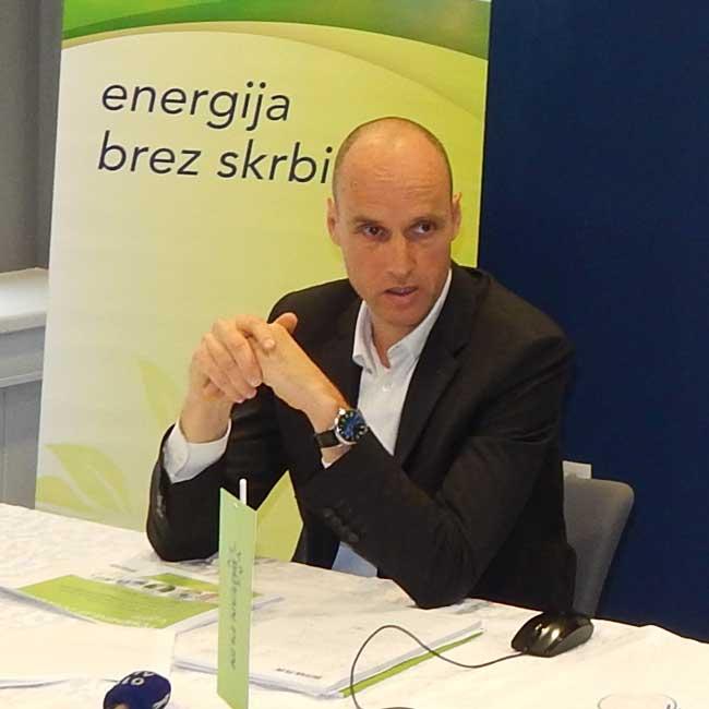 Tomaž-Grm,-generalni-direktor-Butan-plin-in-Gašper-Ravnak,-vodja-odd.-za-alternativne-energetske-rešitve-Butan-plin